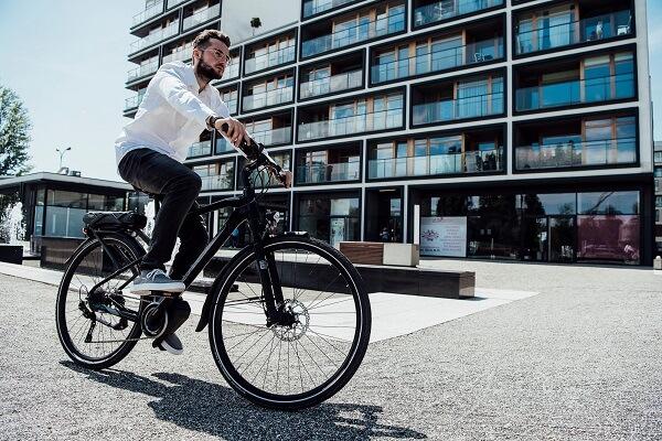 rower trekkingowy elektryczny